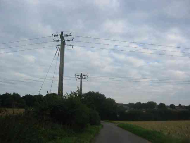 Overhead transmission cables in  Cupid Green Lane