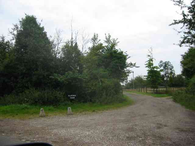 Entrance to Elmtree Farm Gaddesden Row