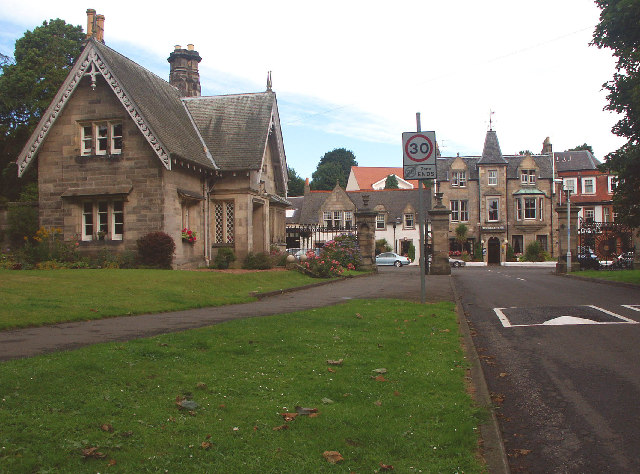 Dovecot Park Gatehouse