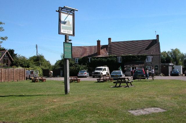 The Ivy Inn, North Littleton