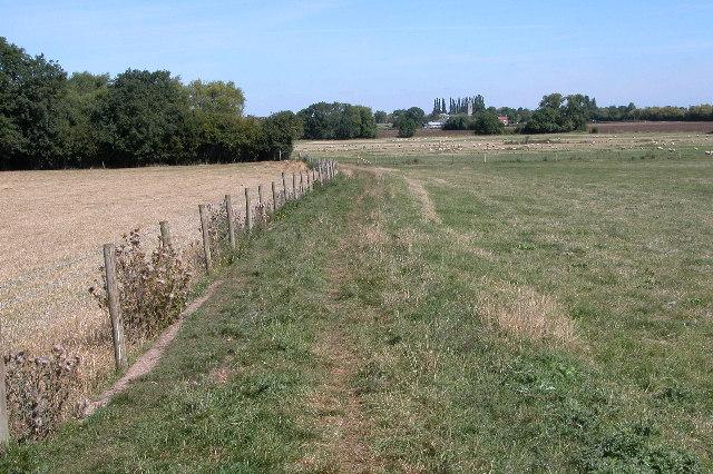 Footpath to Cleeve Prior