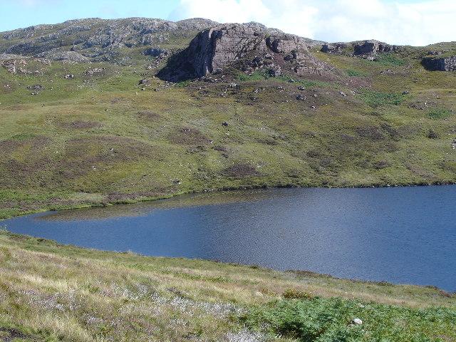 Creag Ruadh over Lochan nam Breac