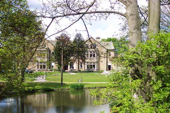 Cottingley Manor Lake