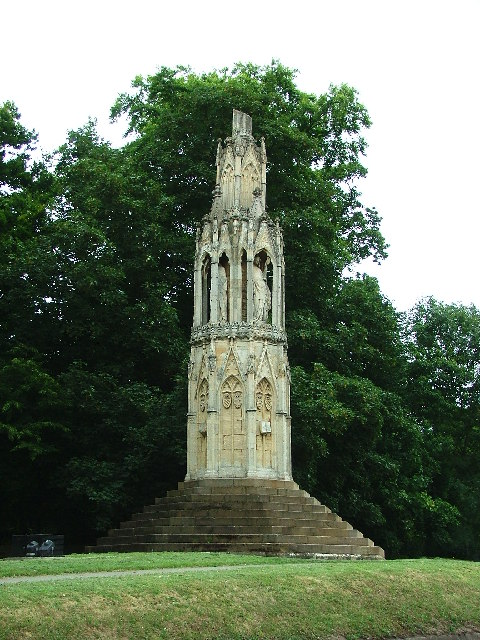 Queen Eleanor's Cross, Hardingstone, Northampton