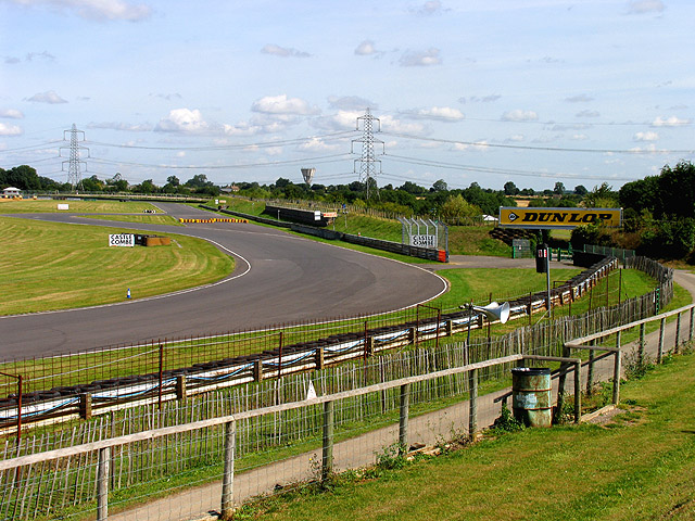 Castle Coombe Racing Circuit