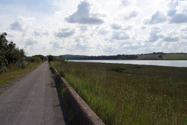 Tarka Trail cycle path near Barnstaple