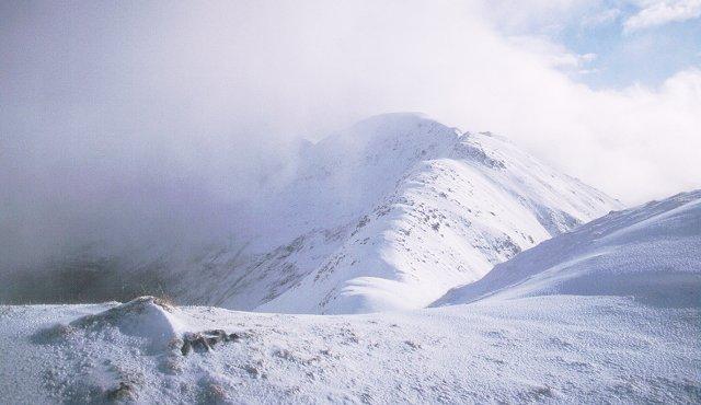 Aonach Mheadhoin from the east ridge of Sgurr a' Bhealach Dheirg.
