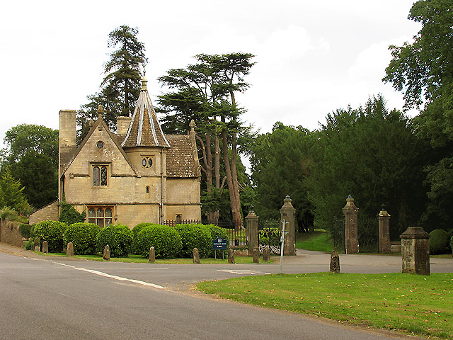 Gatehouse at Grittleton School