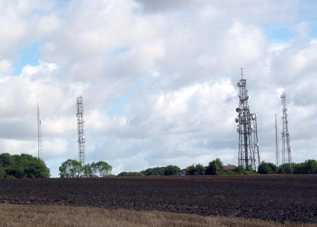 Radio masts at Crabwood reservoir