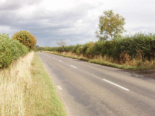 Road from Thame to Haddenham