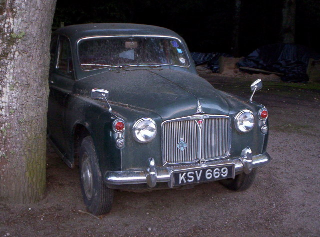 Rover 110. Reg No KSV669 . In Grounds Of Crathes Castle