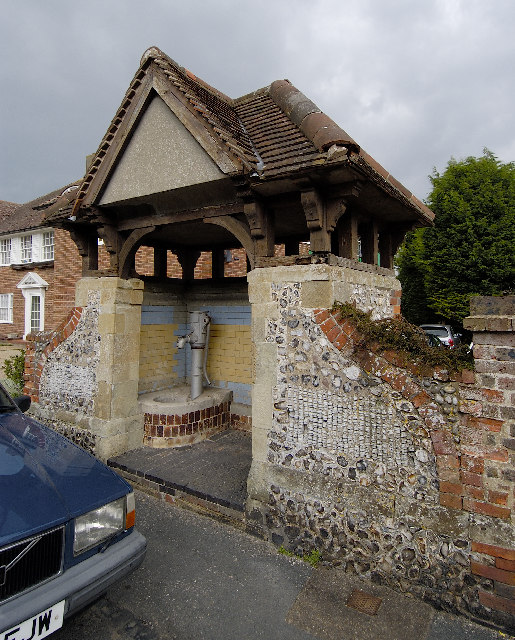 The Village Pump, Willingdon