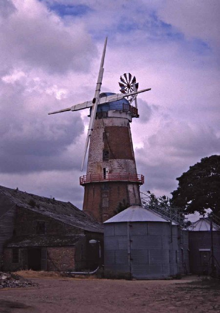 Sutton Mill and Broads Museum