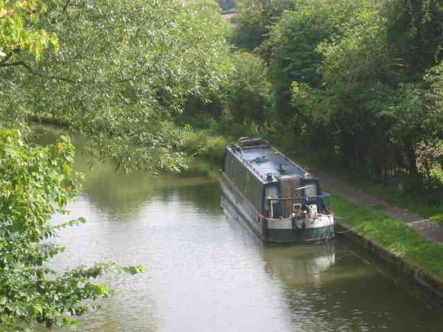 Grand Union Canal looking East Bourne End