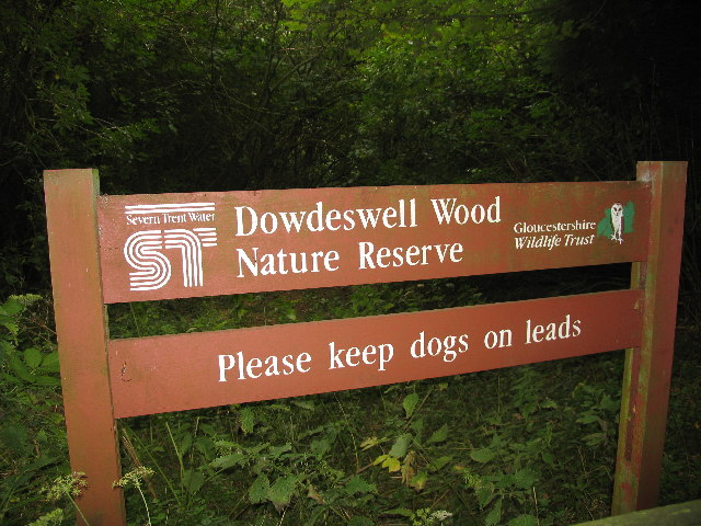 Dowdeswell Woods Entrance Sign
