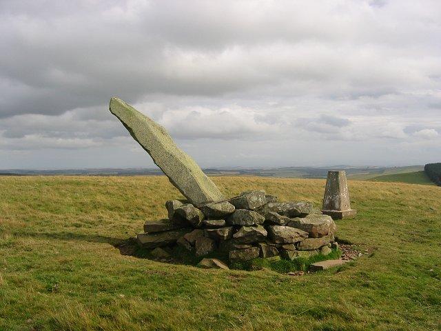Lang Stane, Dabshead Hill