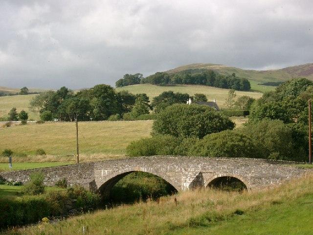 The road bridge, Lyne Station
