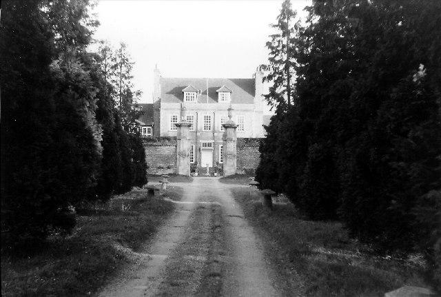 Byfleet Manor