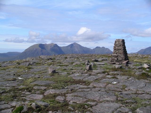 Summit cairn, Sgurr na Bana Mhoraire