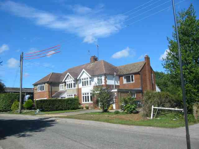 Houses in Singlets Lane  Flamstead