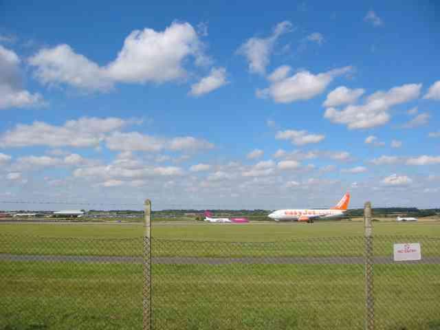 Luton Airport runway
