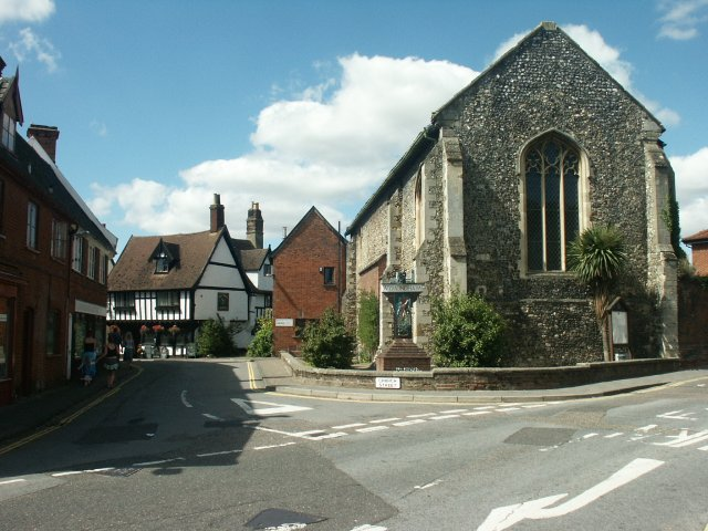 Library and pub, Wymondham