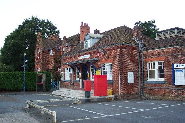 Worplesdon station