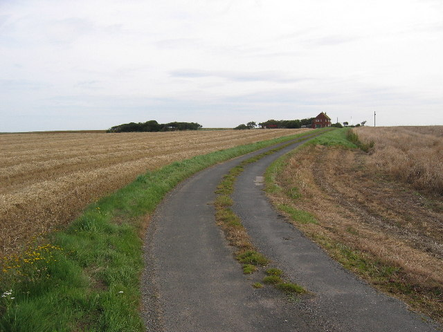 Farm road, Grimston