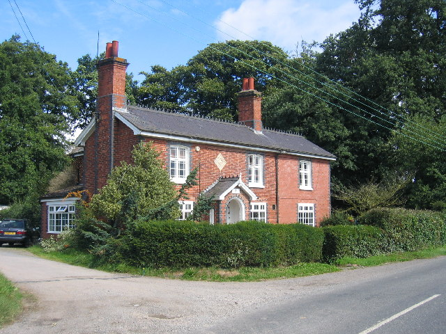 Estate House in Coventry Road/