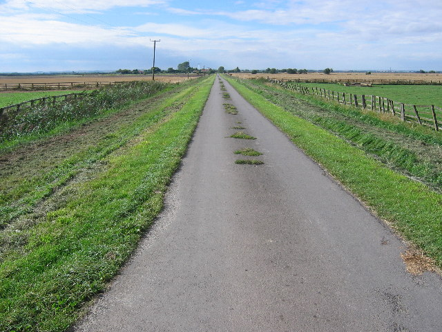 The road from Wilfholme Landing