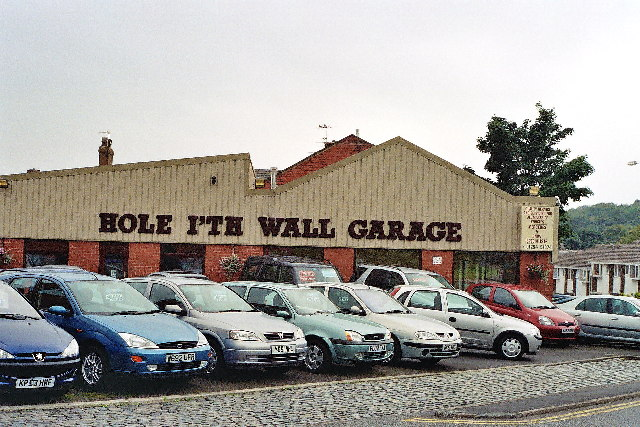 Hole i'th Wall Garage, Blackburn
