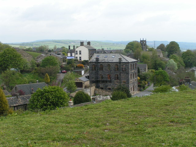 Ickornshaw from the Pennine Way