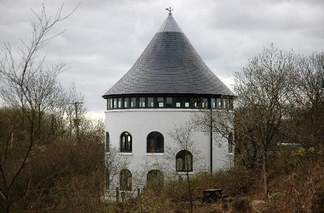 Llyn Llech Owain Visitor Centre