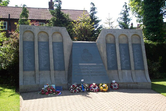 Dambusters Memorial, Woodhall Spa