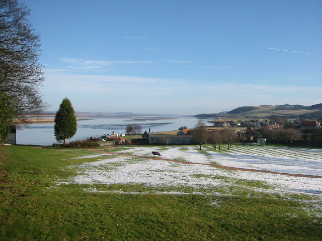 Looking down the Tay from west of Newburgh