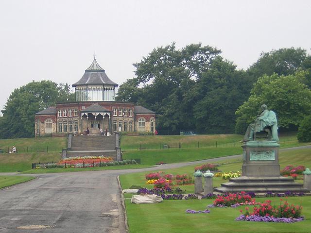 Mesnes Park, Wigan