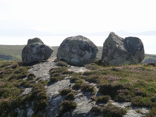 Perched boulders, Redpoint