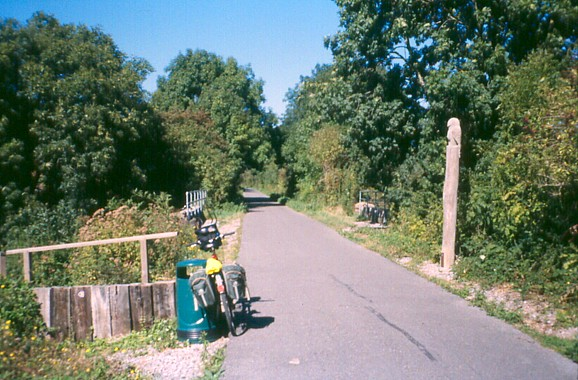 Saltford - junction of cycle routes