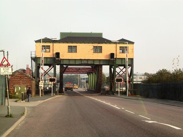 East meets West - Duke Street Bridge