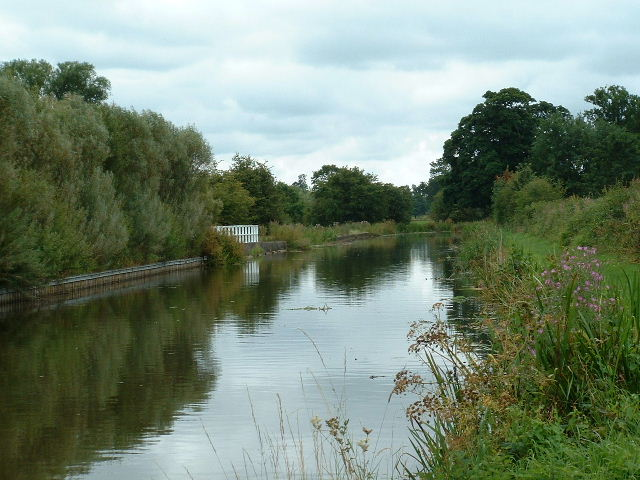 Canal nr Moor Side