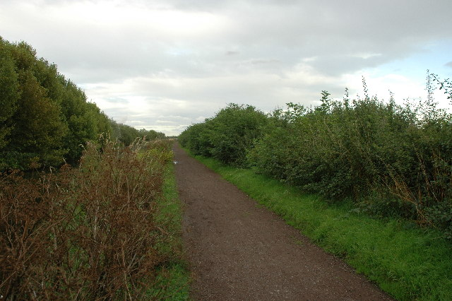 Trans Pennine Trail between Widnes and Warrington