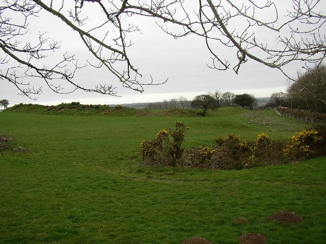 Iron-Age earthworks, Llanddewi Velfrey
