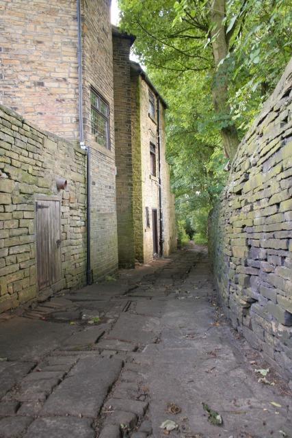 Calderdale Way, Dark Lane