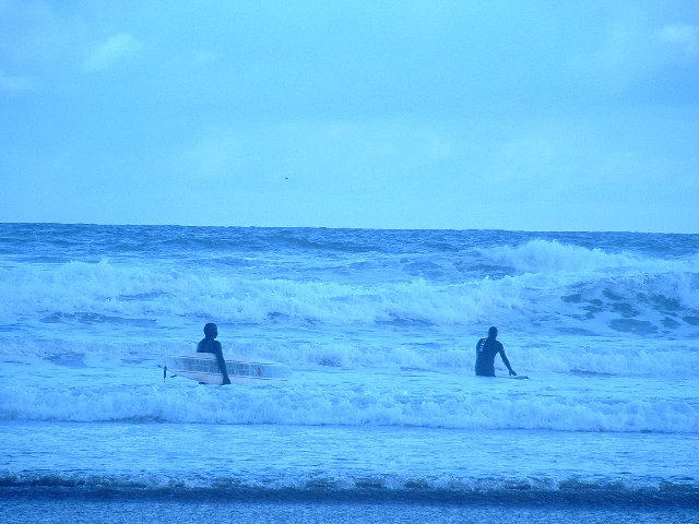 Cold Surfing at Coldingham