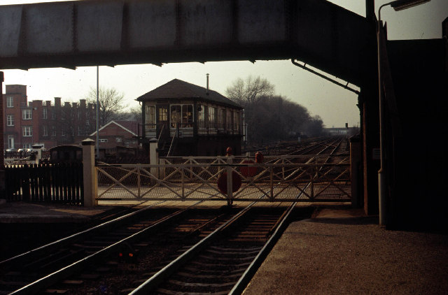 Spondon Station Signal Box and Level Crossing