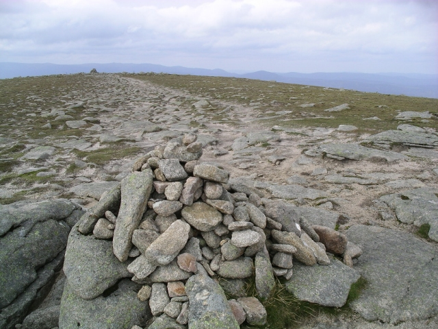 Carn an t-Sagairt Mor : Munro No 83