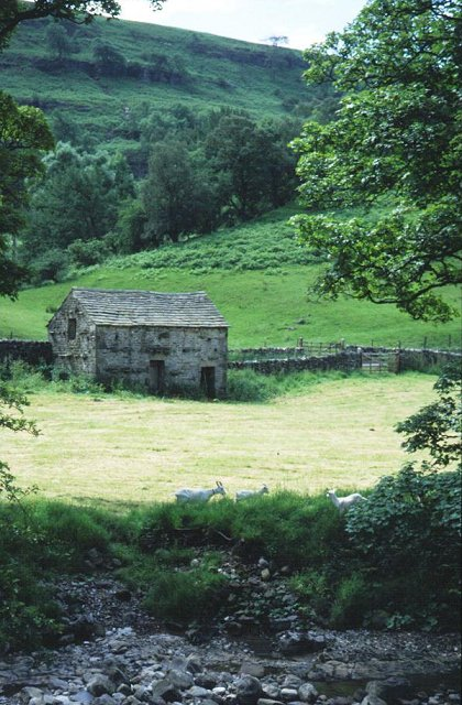 Stone barn, Langstrothdale.