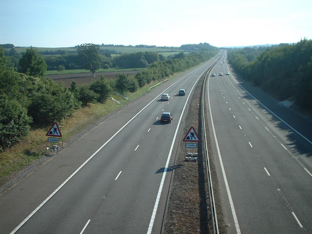 M3 looking south from B3047, nr Abbots Worthy