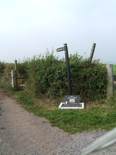 Public footpath from Saughall Massie Road to Frankby