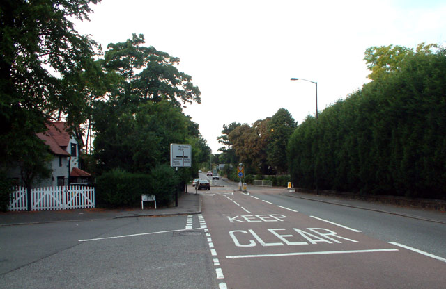 A237 junction with A2022, Woodcote CR8